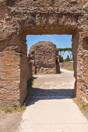 ROME, ITALY - JUNE 24, 2017: Panoramic view of ruins in Palatine Hill in city of Rome, Italy Banque d'images - 123130528