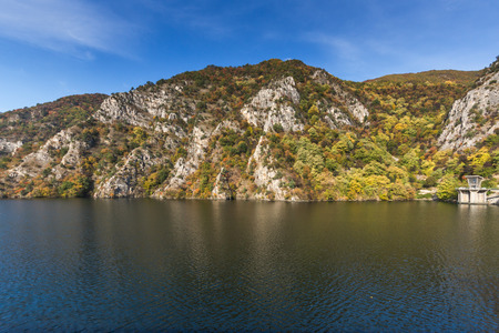 Autumn ladscape from dam of The Krichim Reservoir, Rhodopes Mountain, Plovdiv Region, Bulgaria 版權商用圖片