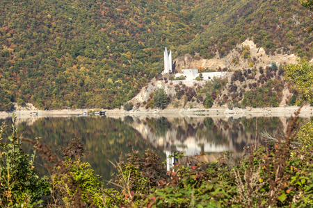 Autumn landscape of The Vacha (Antonivanovtsi) Reservoir, Rhodope Mountains, Plovdiv Region, Bulgaria 写真素材