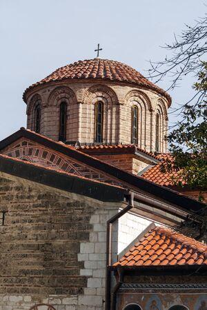 BACHKOVO MONASTERY, BULGARIA - FEBRUARY 4, 2019: Buildings in Medieval Bachkovo Monastery Dormition of the Mother of God, Bulgaria 스톡 콘텐츠 - 129378852