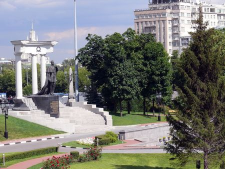 Monument of imperator Alexandr second - Moscow