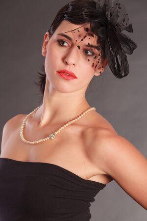 bow hair: Hermosa mujer con mo�o
