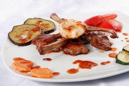 Bone lamb platter. Teppan-yaki dish photo