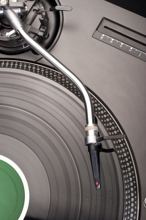 Direct drive turntable system