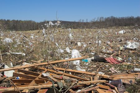 Cold front bringing tornadoes & straight line winds to Tenessee & Kentucky ,Christian Co. Declared State of Emergency in kentucky, In Tennesse A powerful F3 tornado in Dyer Country killed 15 people during the night. Gov. Phil Bredesen, D-Tenn., asked Pres Stock Photo
