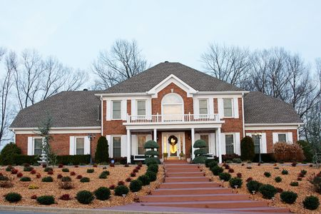 New million dollar homes in affluent neighborhood sales are steady Stock Photo - 2250011