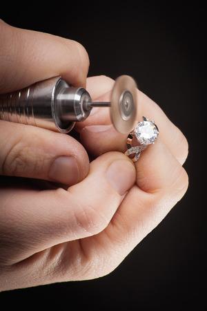 jewellery: Goldsmith at work