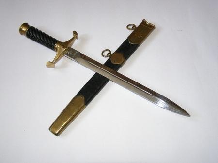 scheide:   dagger and scabbard