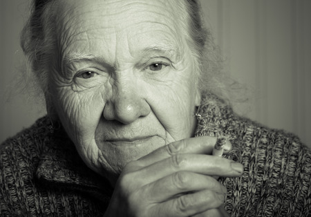 Portrait einer älteren Frau. Getontes. Lizenzfreie Bilder