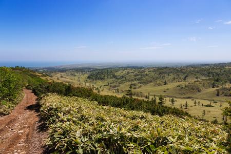 Beautiful deserted landscape of Kunashir island. 版權商用圖片 - 124707715