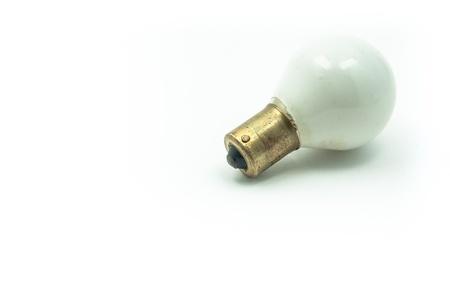 baionetta: Una piccola baionetta bulbo bianco in studio