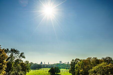 Panoramic view of English Garden of Munich in Bavaria, Munich in Bavaria 免版税图像