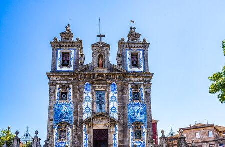 Church of Santo Ildefonso in Porto 免版税图像 - 142126392
