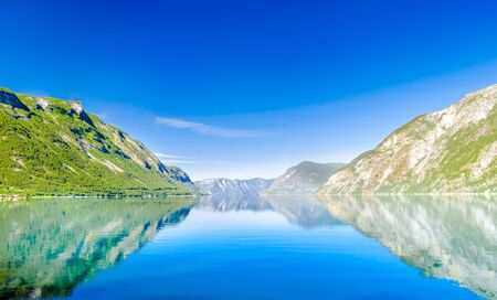 spring landscape of beautiful Sognefjord in Norway 免版税图像 - 142154318