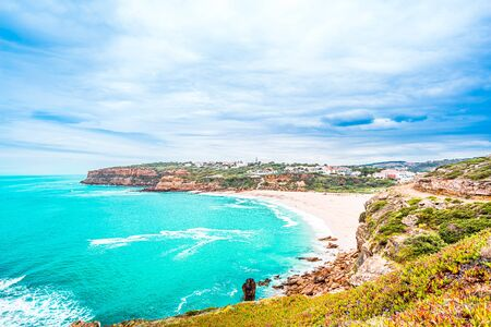 View on Sao Lourenco beach in Ericeira which is part of the world surf reserve in Ericeira Portugal 免版税图像 - 142709916