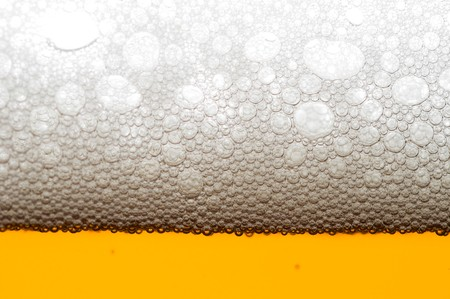brew beer: Close up de burbujas de cerveza  Foto de archivo