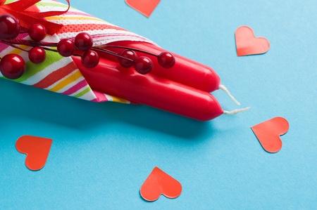 velas rojas y los corazones en azul Foto de archivo - 12815811