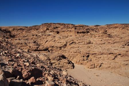 Canyon in the Sahara desert, Sudan 免版税图像