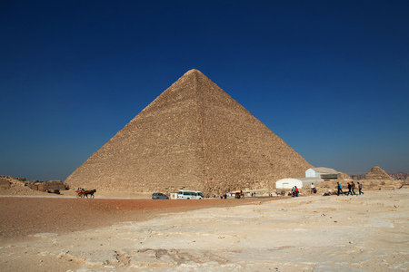 Great pyramids of ancient Egypt in Giza, Cairo Reklamní fotografie
