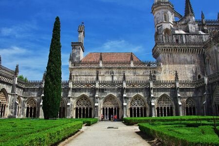 Ancient Dominican monastery in Batalha, Portugal 免版税图像