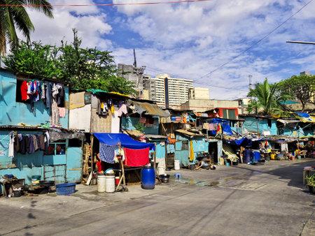 Manila, Philippins - 06 Mar 2012. The slums of Manila city, Philippines Stock Photo - 127945666