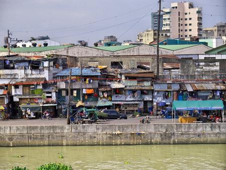 Manila, Philippins - 06 Mar 2012. The slums of Manila city, Philippines Stock Photo - 127945703