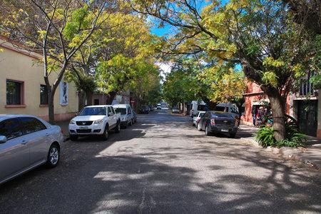 Colonia del Sacramento / Uruguay - 01 May 2016: The street in Colonia del Sacramento, Uruguay Imagens - 126696021