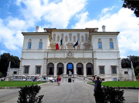 Rome / Italy - 19 Jul 2011: Villa Borghese gardens, Rome, Italy Редакционное