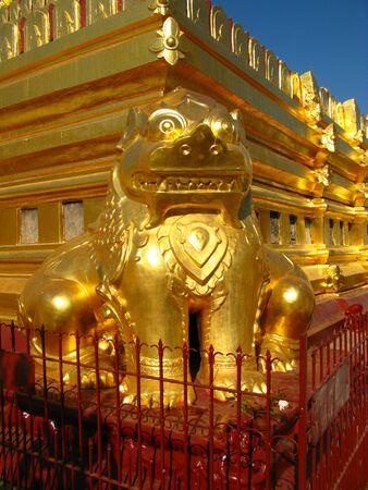 Shwezigon Pagoda in Bagan, Myanmar 写真素材 - 129449695