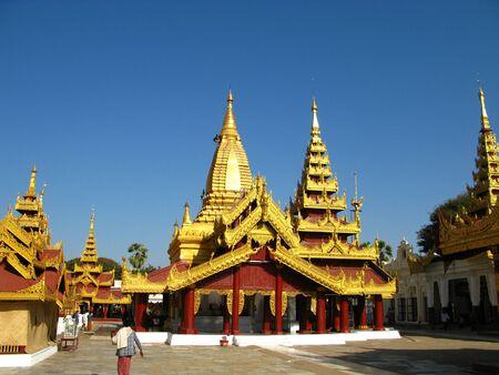 Shwezigon Pagoda in Bagan, Myanmar 写真素材 - 129452054