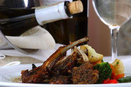 mesa para banquetes: Tabla del banquete que fija la carne