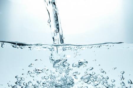 Wasser plantschen Standard-Bild