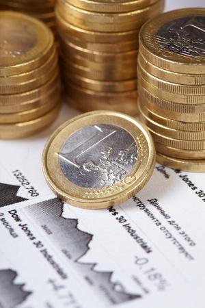 economia: gr�fico de negocio, moneda Foto de archivo