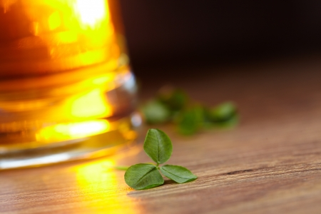 clover and beer Stock Photo - 16289468
