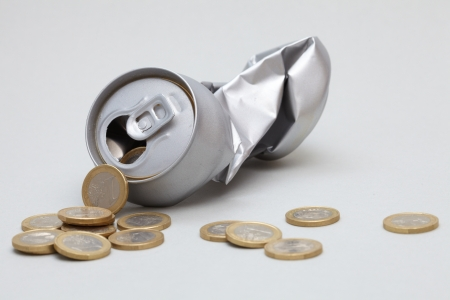 crushed aluminum cans: Crushed Aluminum Can with coins