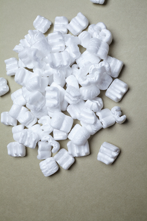 filling: white packaging filling