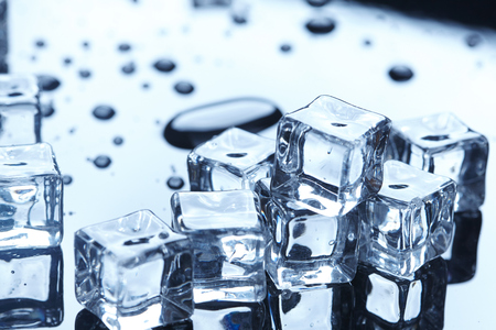 refrigerate: wet ice cubes