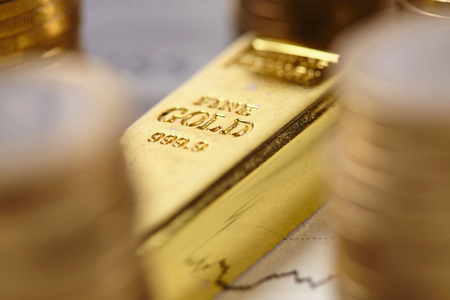 ganancias: Concepto de la barra de oro