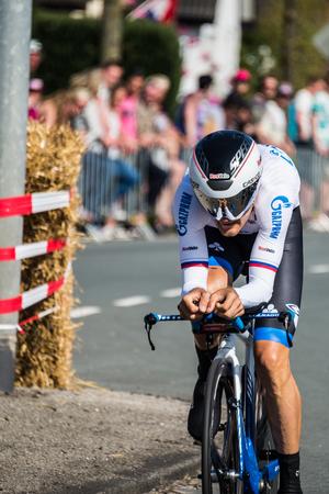 Apeldoorn, Nederland 6 mei 2016; Profwielrenner Tijdens de eerste etappes van de Ronde van Italië in 2016, een Time Trial flat stage in Apeldoorn. Stockfoto - 61438238