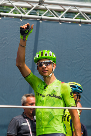 internships: Pinerolo, Italy May 27, 2016; David Formolo, Cannondale Team, to the podium signatures before the start of the hard mountain stages from Pinerolo to Risoul in the Tour of Italy 2016