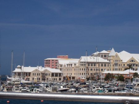 Even from a distance, Bermuda is beautiful.