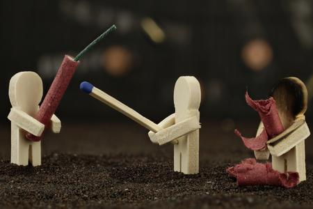 불꽃 놀이 조심 - 그것은 위험하다 스톡 콘텐츠