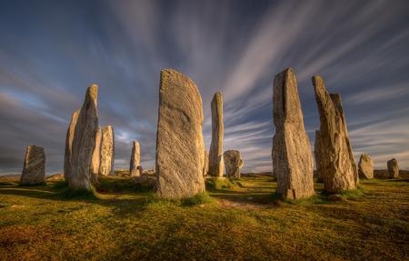 edad de piedra: piedras de Callanish en la luz del atardecer, Lewis, Escocia Foto de archivo