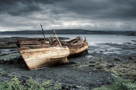 Tre barche abbandonate a Salen, Isola di Mull, Scozia Archivio Fotografico