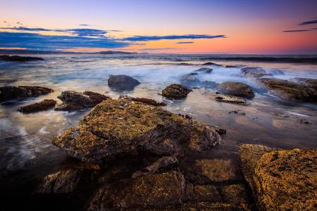 paysage marin: Belle vue coucher de soleil de paysage marin. Banque d'images