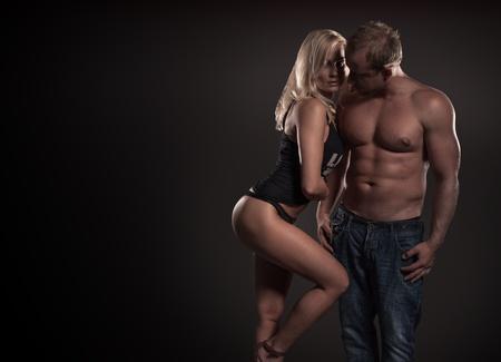 expresion corporal: Disparo de un apasionado de los j�venes en el amor