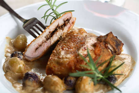 european cuisine: Cutlet with grapes
