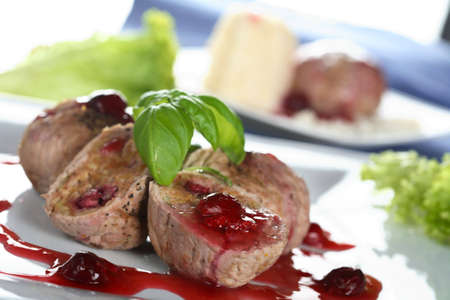 albumen: Veal with sesame mousse
