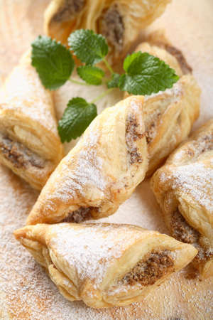 arranged: French cakes with nuts
