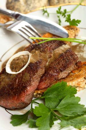 albumen: Grilled veal
